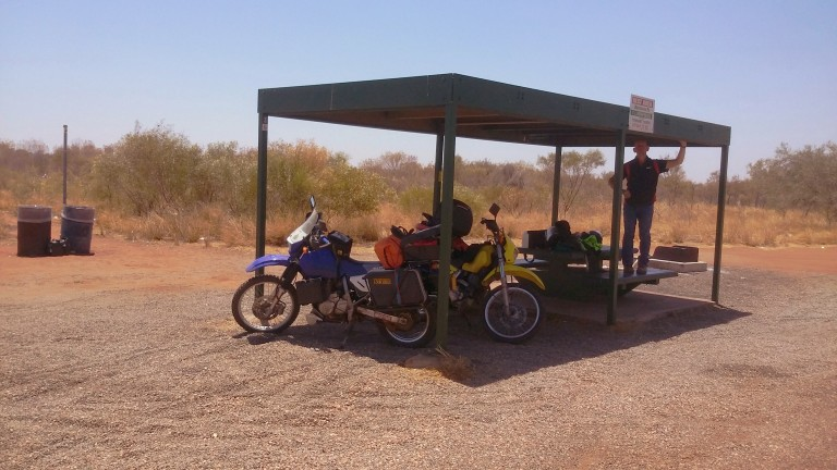 Shade Rest Stops a plenty in The Outback